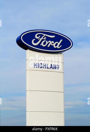 WESTVILLE, Kanada - 11. JUNI 2017: Ford Händler melden. Ford Motor Company, oder einfach Ford, ist ein US-amerikanischer Automobilhersteller mit Hauptsitz - Stockfoto