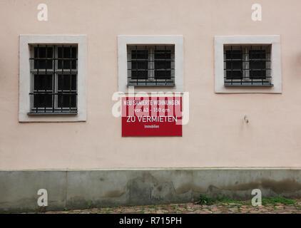 Zeichen, neu renovierte Wohnung zu vermieten, historisches Zentrum, Meißen, Sachsen, Deutschland - Stockfoto