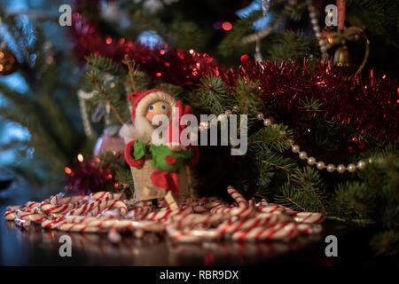 Weihnachtsschmuck aus Europa. - Stockfoto