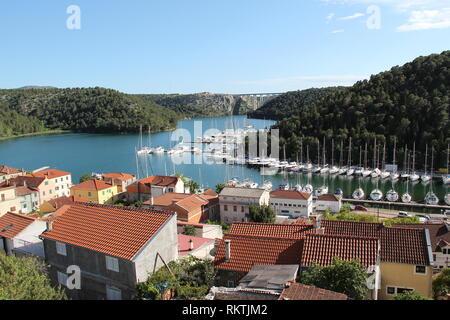Scradin (Kroatien)/Boote in der Marina. - Stockfoto