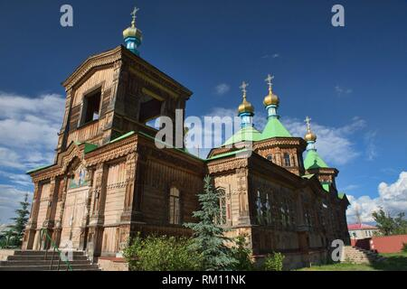 Die hölzernen Heiligen Dreifaltigkeit russisch-orthodoxe Kathedrale, Karakol, kygyzstan. - Stockfoto