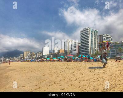 Strand von Ipanema in Rio De Janeiro, Brasilien. - Stockfoto