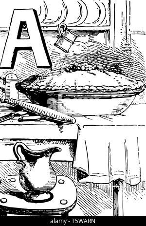 Alphabet A Apfelkuchen dieses Bild zeigt Apple Pie in der Schüssel und Glas auf dem Tisch Platten im Hintergrund vintage Strichzeichnung oder Gravur Abbildung gehalten - Stockfoto