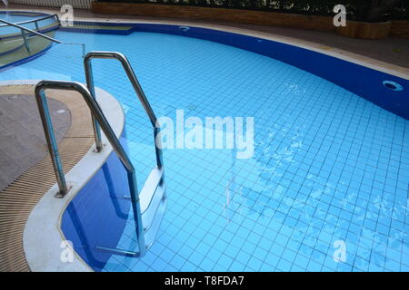Pool Leiter auf Schwimmbad - Stockfoto
