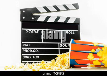 Popcorn Box mit Klappe - Stockfoto