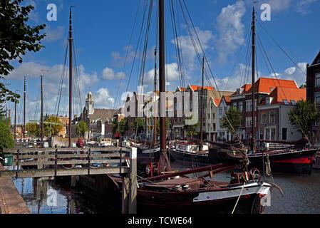 Rotterdam Zuid Holland/Niederlande - September 06, 2017: Blick über die voorhaven in historische Delfshaven - Stockfoto