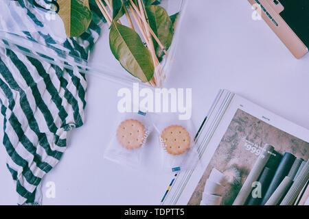 Cookies Auf den Tisch. - Stockfoto