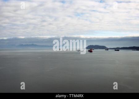 Die Schiffe in der Bucht - Stockfoto