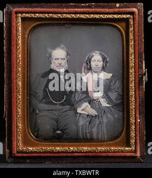 """""""Portrait von Unbekannten Paar; Englisch: United States, circa 1855 Fotos Daguerreotypie (1/6 Platte) mit Doppel - elliptische Messing Matte ohne Rahmen: 2 5/8 x 2 1/2 in. (6,67 x 6,35 cm) Geschenk von Jack Schere (M. 91.287.3) Fotografie; circa 1855 Datum QS: P 571, +1855-00-00 T00:00:00Z/9, P1480, Q 5727902;"""". - Stockfoto"""