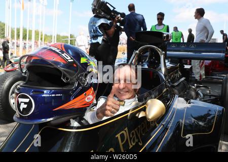 """Goodwood, West Sussex, UK. 6. Juli 2019. Emerson Fittipaldi ehemalige Formel-1-Weltmeister am Goodwood Festival der Geschwindigkeit - Die Geschwindigkeit der Könige Motorsport Astro-rekorde"""", in Goodwood, West Sussex, UK. © Malcolm Greig/Alamy leben Nachrichten - Stockfoto"""
