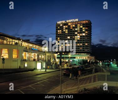 Hotel neptun bei nacht rostock warnem nde seebad ostsee for Hotels warnemunde und umgebung