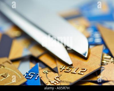 Schere auf Schnitt, Kreditkarten - Stockfoto