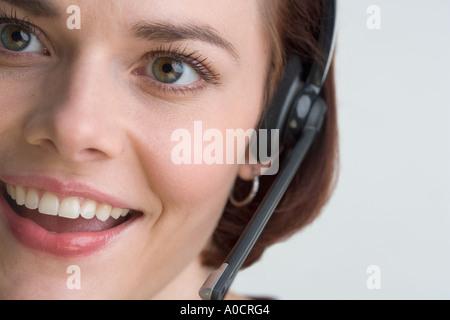 Weibliche Mitarbeiter des Kundendienstes - Stockfoto