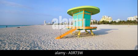 Art-Deco-Stil Rettungsschwimmer Hütte South Beach Miami Beach Miami Florida Vereinigte Staaten von Amerika Nordamerika - Stockfoto