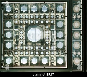Institut du Monde Arabe, Paris. Detail der Membran. NICHT ZUR VERÖFFENTLICHUNG IN FRANKREICH. Architekt: Jean Nouvel - Stockfoto