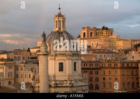 Blick auf Saint Luca und Martina Church aus dem kapitolinischen Hügel, Rom Italien - Stockfoto