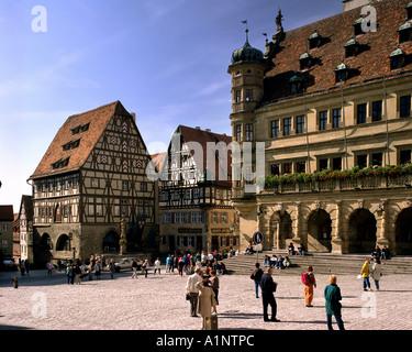 DE - Bayern: Der Marktplatz in Rothenburg auf der Tauber - Stockfoto