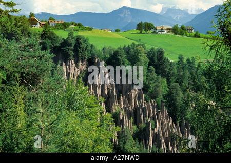 Erde Steinpyramiden, ritten, Trentino Alto Adige Südtirol, Italien - Stockfoto
