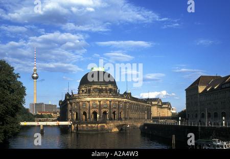 Deutschland Berlin-Blick auf das Bodemuseum Bode-Museum auf der Museumsinsel - Stockfoto