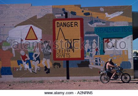 Coober Pedy ein Opal Bergbaustadt in der South Australian outback. - Stockfoto