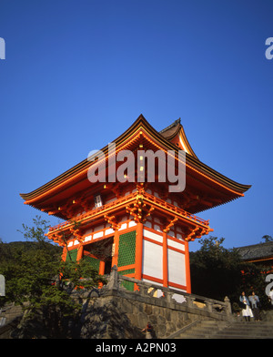Tor zu den Kiyomizu-Tempel - Stockfoto
