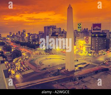 Buenos Aires Argentinien Plaza De La Republica und Obelisk auf der Avenida 9 de Julio - Stockfoto
