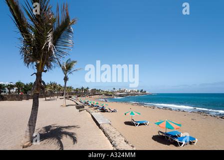Strand Playa Bastian, Costa Teguise, Lanzarote, Kanarische Inseln, Spanien - Stockfoto