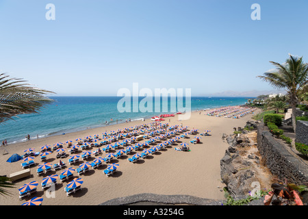 Haupt-Strand (Playa Grande), Puerto del Carmen, Lanzarote, Kanarische Inseln, Spanien - Stockfoto