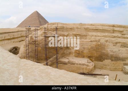 Pyramiden von Gizeh Plateau Khufo Cheops Blick von Rückseite des Sphinx Cairo Ägypten Nordafrika - Stockfoto