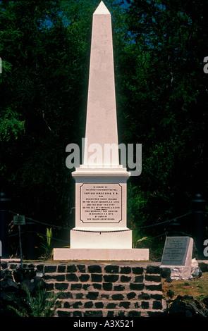 Captain Cook Monument in der Nähe der Stelle, wo der Explorer von Eingeborenen in 1779 Hawaii USA getötet wurde - Stockfoto