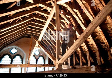 Dach der Kathedrale von Salisbury - Stockfoto