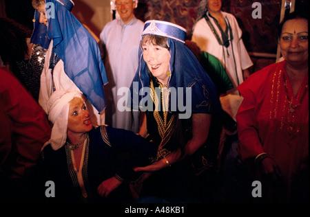 Fancy Dress Party am Kreuzfahrtschiff QE2 Stockfoto, Bild: 3580399 ...