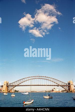Sydney Opera House und Harbour Bridge, Sydney, New South Wales, Australien - Stockfoto