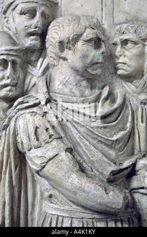 Kaiser Trajan Trajan's Column, Rom. Artist: Unbekannt - Stockfoto