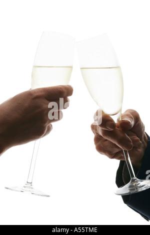 Jung, Frau mittleren Alters und ältere Mann, toasten, Champagner, Seitenansicht, Nahaufnahme - Stockfoto