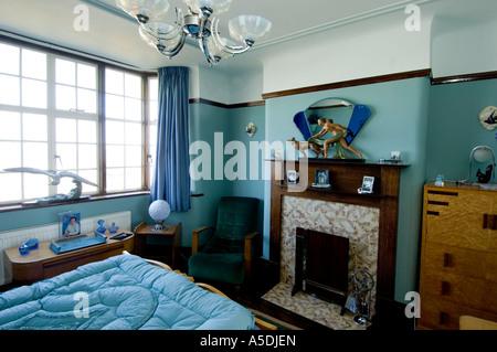 Nice ... Art Deco Jugendstil 1930 S Haus Innen Schlafzimmer Blau Farbe Renoviert    Stockfoto