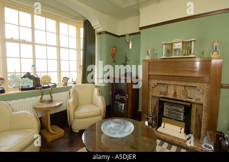 Captivating Renoviertes Art Deco 1930 S Haus Innen Lounge Wohnzimmer Nachmittag, UK    Stockfoto