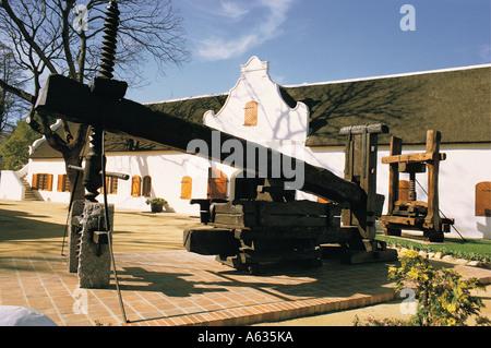 Alte Weinpresse in Wind Museum Stellenbosch Kapprovinz in Südafrika - Stockfoto