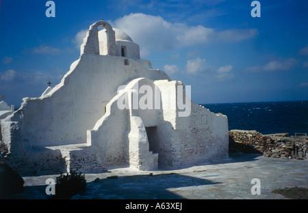 Kirche der Panagia Paraportiani Insel Mykonos Inseln der Kykladen Griechenland - Stockfoto