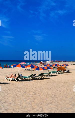 Strandleben-Bereich von Jandia Playa Insel Fuerteventura Kanaren Spanien - Stockfoto