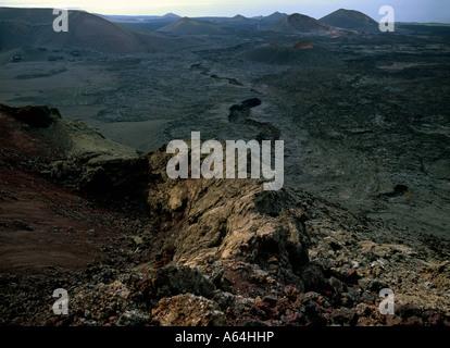 alten Lavaströme Region von Bergen oder Malpais Feuerinsel Lanzarote-Kanarische Inseln-Spanien - Stockfoto