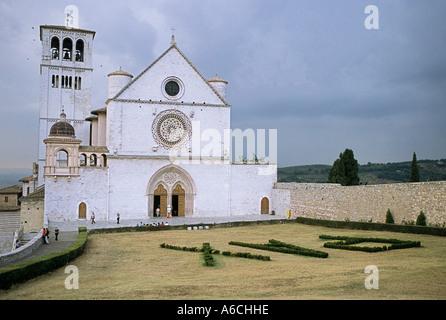 Basilika des Heiligen Franziskus und das Kloster in Assisi Italien - Stockfoto