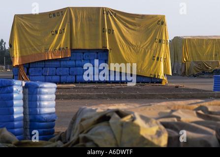 Ballen Baumwolle, die darauf warten, werden exportiert Bamako, Mali - Stockfoto