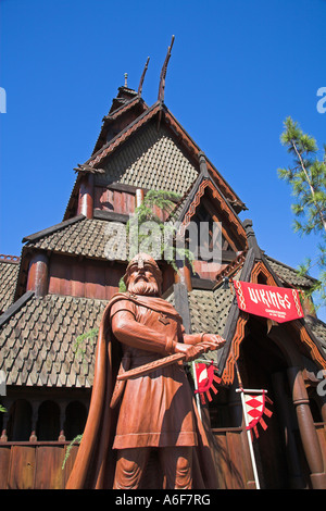 Viking, Stabkirche im norwegischen Teil des EPCOT Center, World Showcase, Disney World, Orlando, Florida, USA - Stockfoto