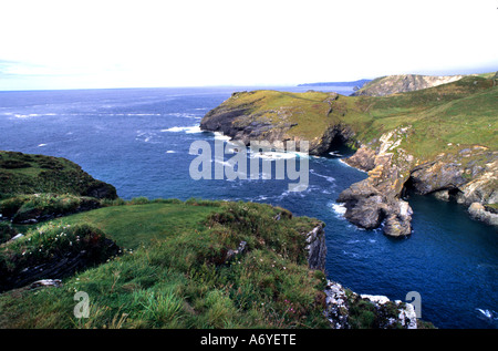 Tintagel King Arthur Merlin Cornwall Coast Strand Meer England - Stockfoto
