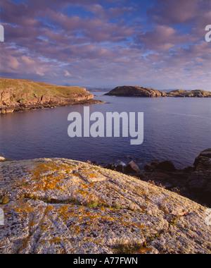 Küstenlandschaft in der Nähe von Sheigra, Kinlochbervie, Sutherland, Highland, Schottland, Vereinigtes Königreich - Stockfoto