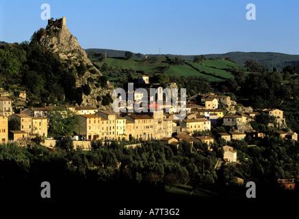 Italien, Toskana, das Dorf Roccalbegna in der Nähe von Monte Amiata - Stockfoto