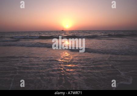 GOA-Sonnenuntergang am Colva Strand von Benaulim - Stockfoto