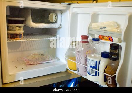 Kleiner Kühlschrank Im Schrank : Ein kühlschrank auf dem balkon coole idee oder unnützer