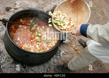 Alabama Marbury Confederate Memorial Park Civil War Reenactment Lagerfeuer Topf Suppe - Stockfoto